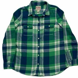 Old Navy women's flannel plaid button down shirt